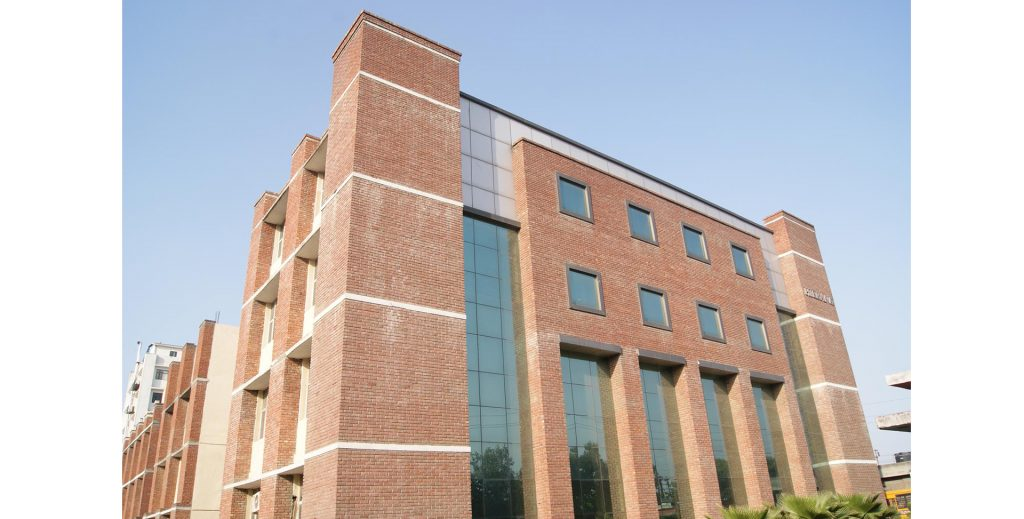 Hierank School of Management Studies, Sector 62, Noida